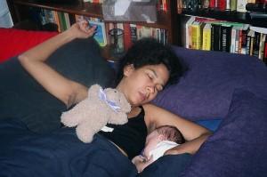 e bine sa dormi in pat cu copilul tau