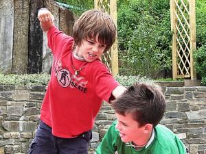 copiii si lumea violenta in care traim